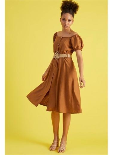 Z Giyim Kadın  Kahverengi  Kare Yaka Düğmeli Midi Boy Elbise Kahve